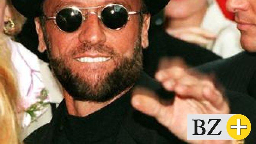 Bee Gees befragen Ärzte zum Tod von Maurice Gibb