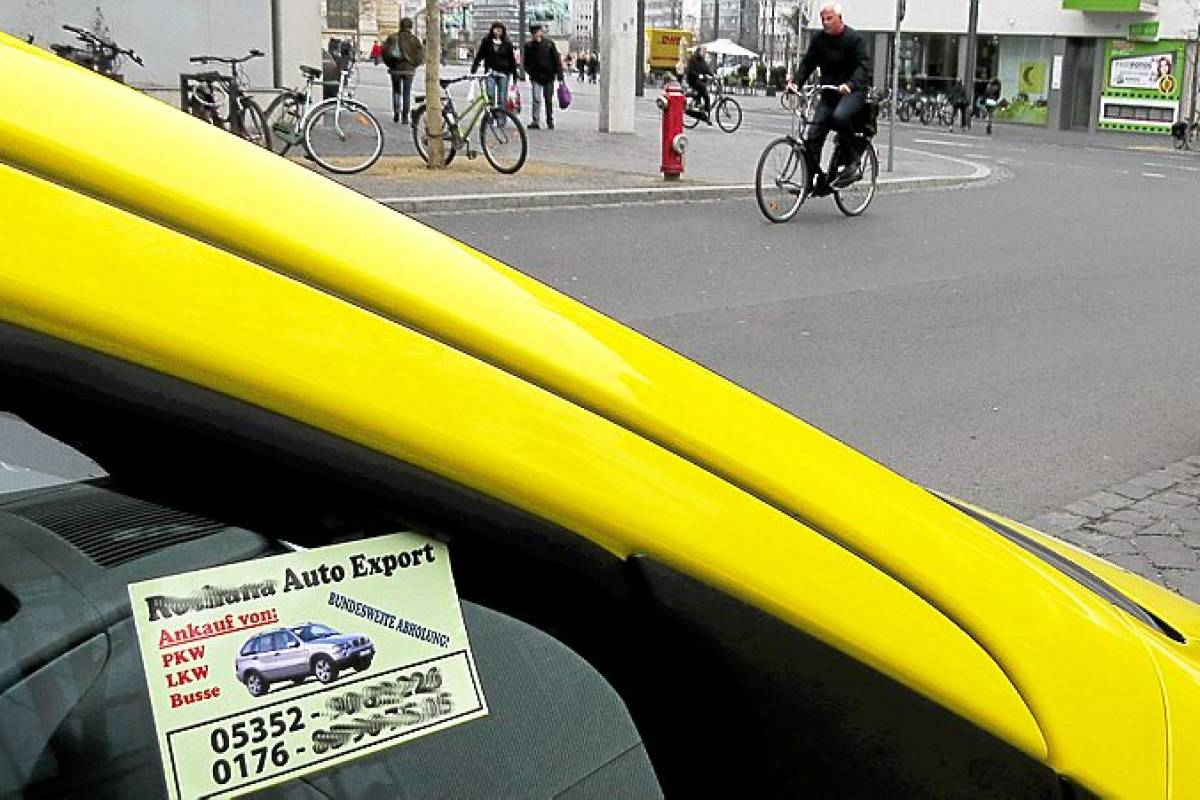 Lästige Visitenkarten Am Auto Sollen Verboten Werden