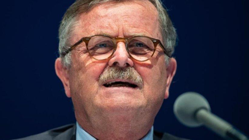 Montgomery: Bei 20.000 Infektionen am Tag droht Lockdown