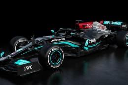 Formel 1: Weltmeister Hamilton in schwarzem Mercedes auf Titeljagd