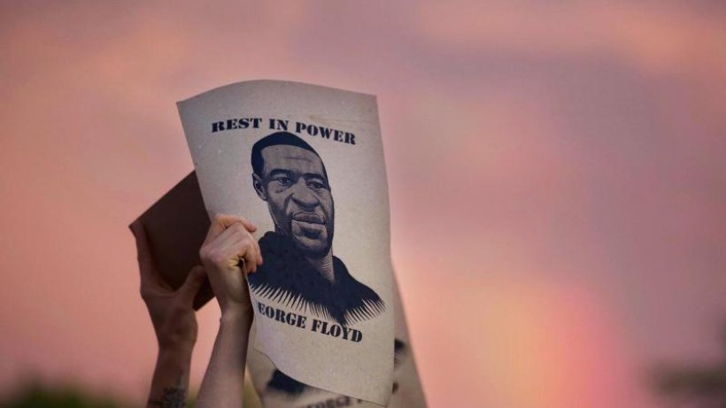 Rassismus-in-den-USA-T-dliche-Polizeigewalt-Erster-Prozess-im-Fall-George-Floyd