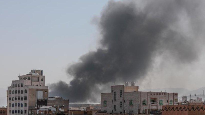 Internationale-Konflikte-Schwere-Gefechte-im-Jemen-Drohnenangriff-auf-Saudi-Arabien