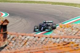 """Formel 1: Hamilton schnappt sich Imola-Pole - Schumacher """"sehr happy"""""""
