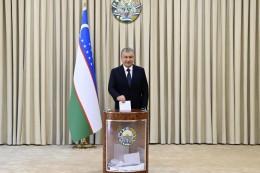 Usbekistan:Mirsijojew im Amt bestätigt