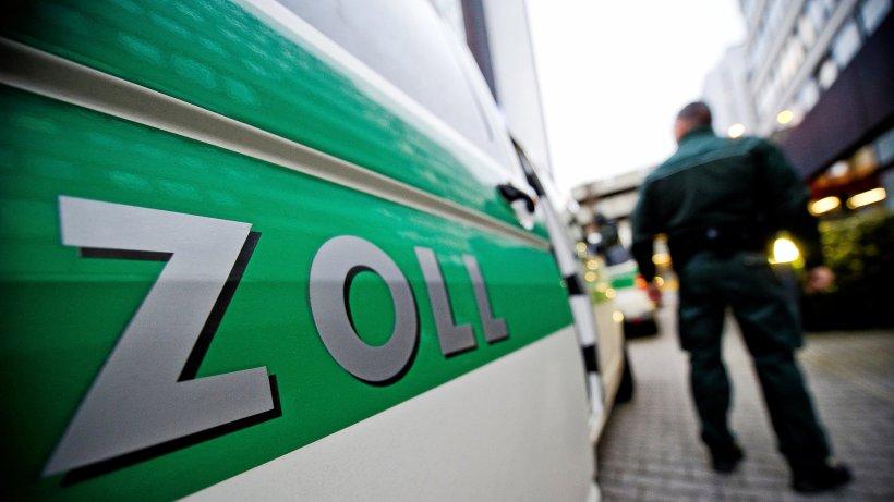 Zoll in Lüneburg: Mann mit 44 Identitäten hielt sich illegal auf