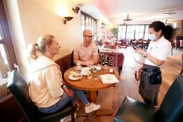 Viele Gastwirte in Peine verstoßen gegen Corona-Regeln