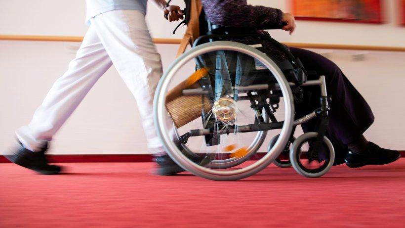 Mehr Geld für Menschen mit Behinderung und Pflegende