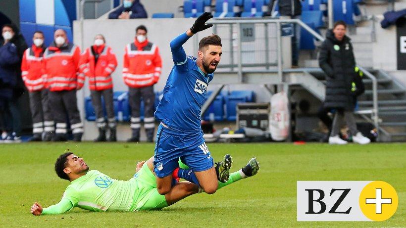 Kartenflut-sorgt-f-r-drei-Sperren-beim-VfL-Wolfsburg